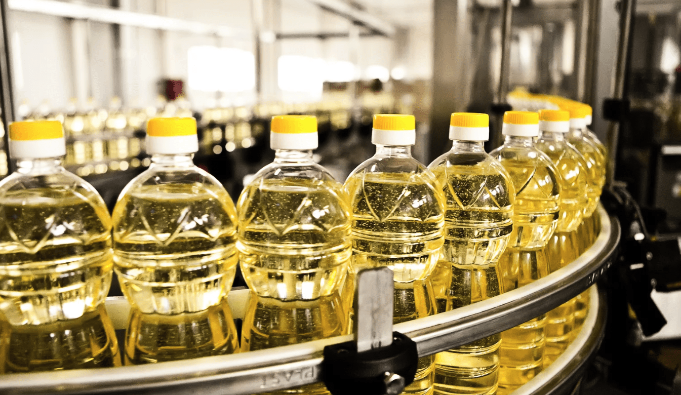 Ukraine beats records of past years in sunflower oil manufacturing